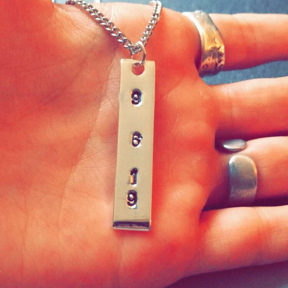 handmade Jewelry - Hand stamped special date necklace
